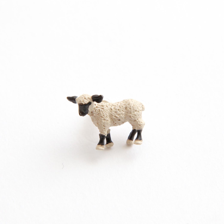 simmon/Sheep Body Pierce