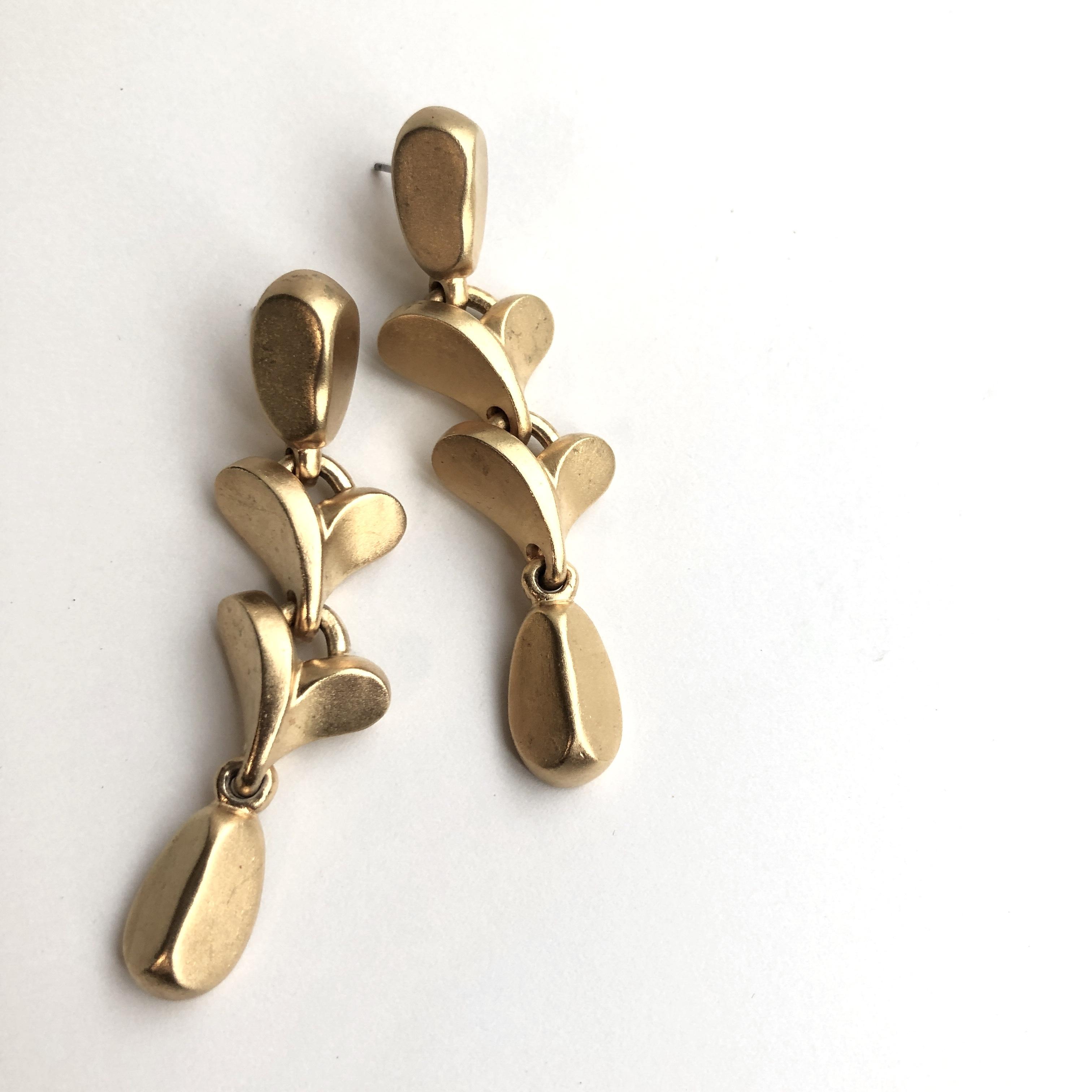 Vintage pierced earrings X-030