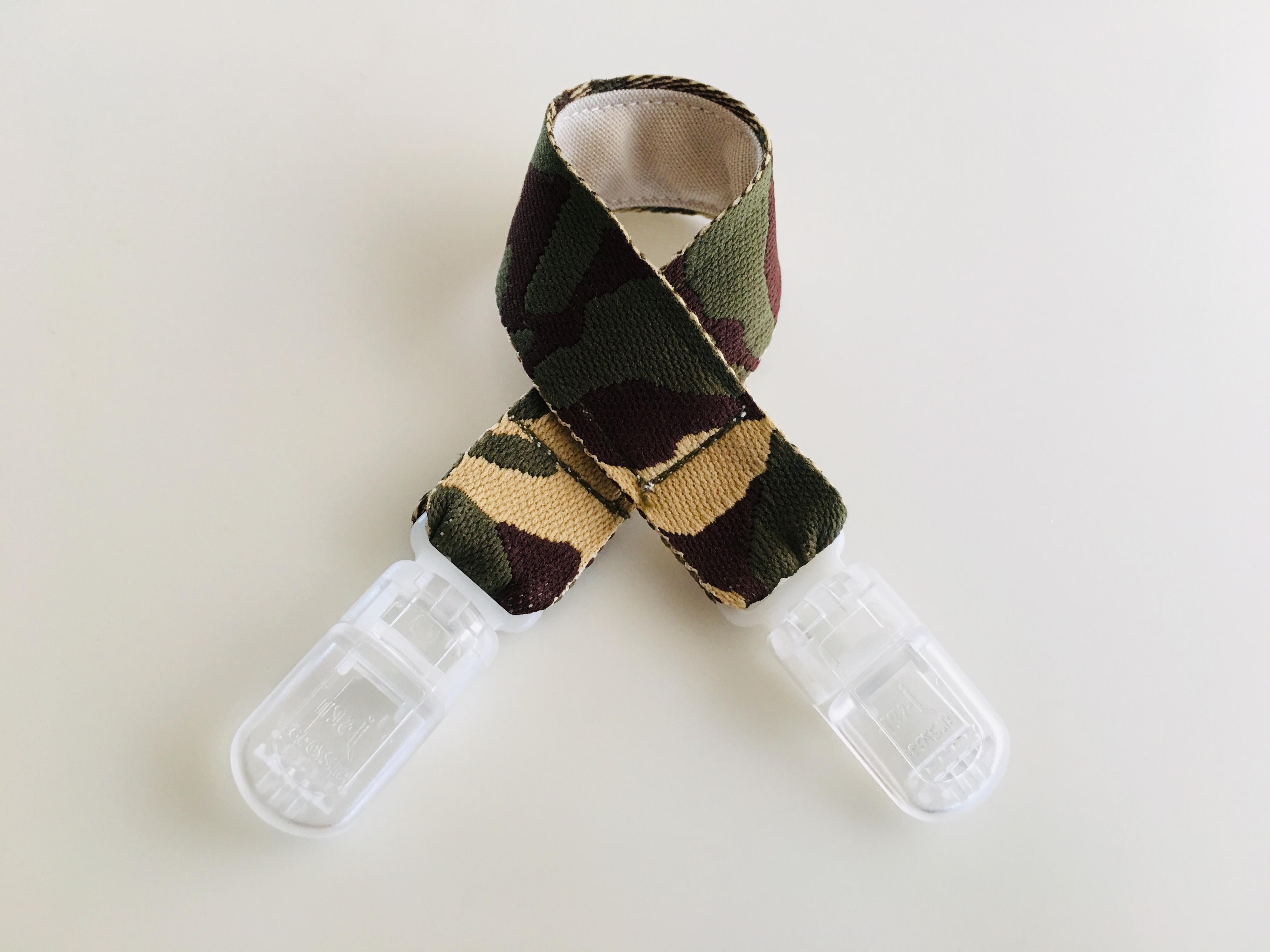 帽子ホルダー・迷彩柄 刺繍