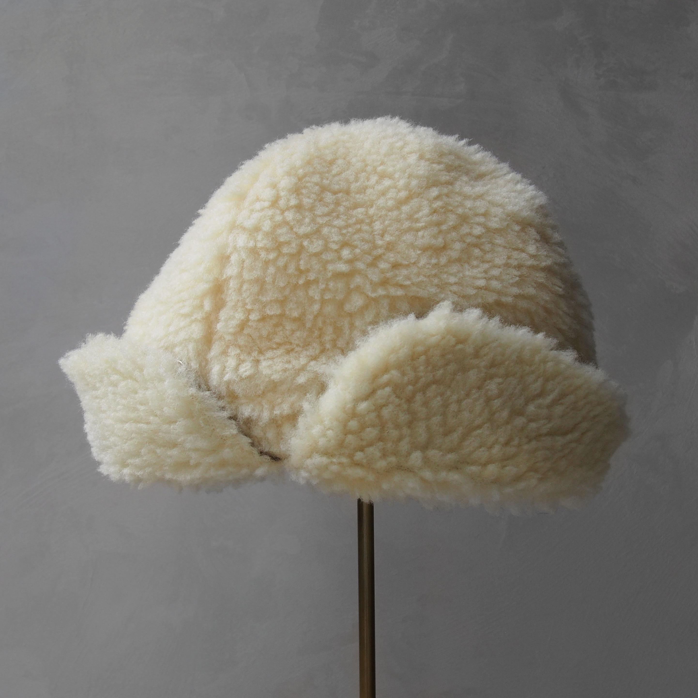 Nine Tailor Coatherd cap ivory