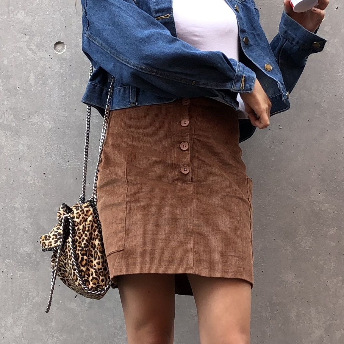Button corduroy skirt