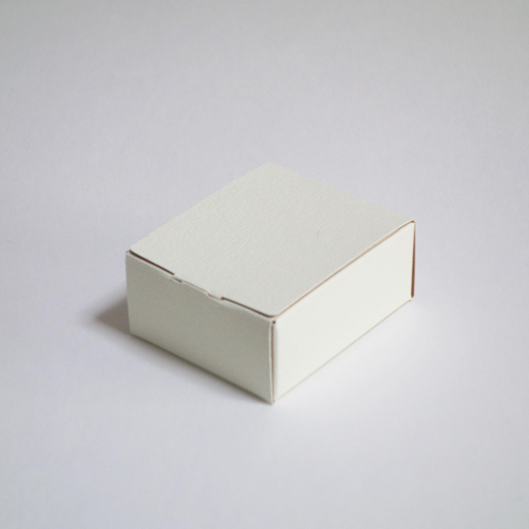 小さな箱 4個セット アクセサリー用台紙付き