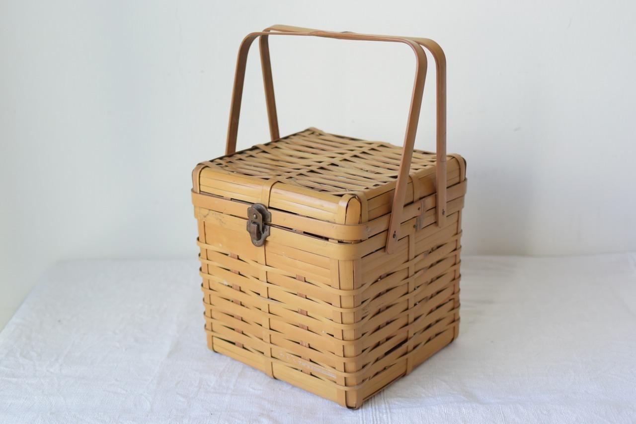 立方体の竹籠