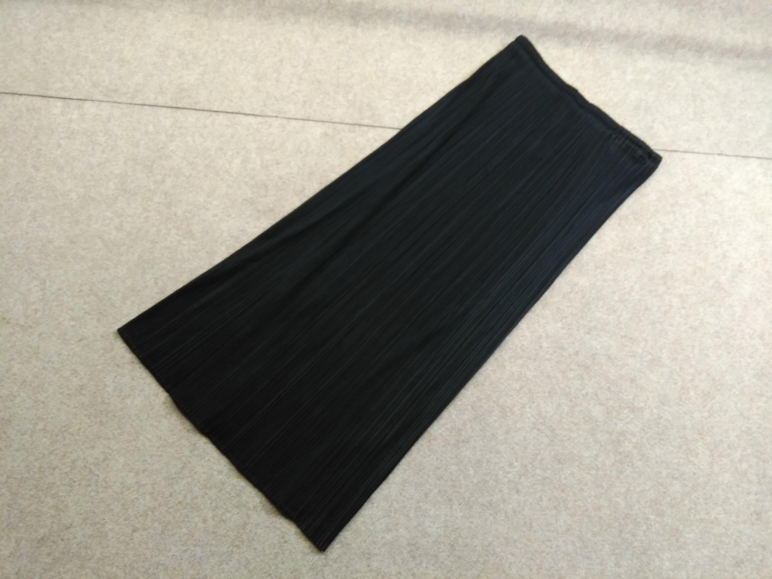 プリーツプリーズ プリーツロングスカート 黒 2 mh309s