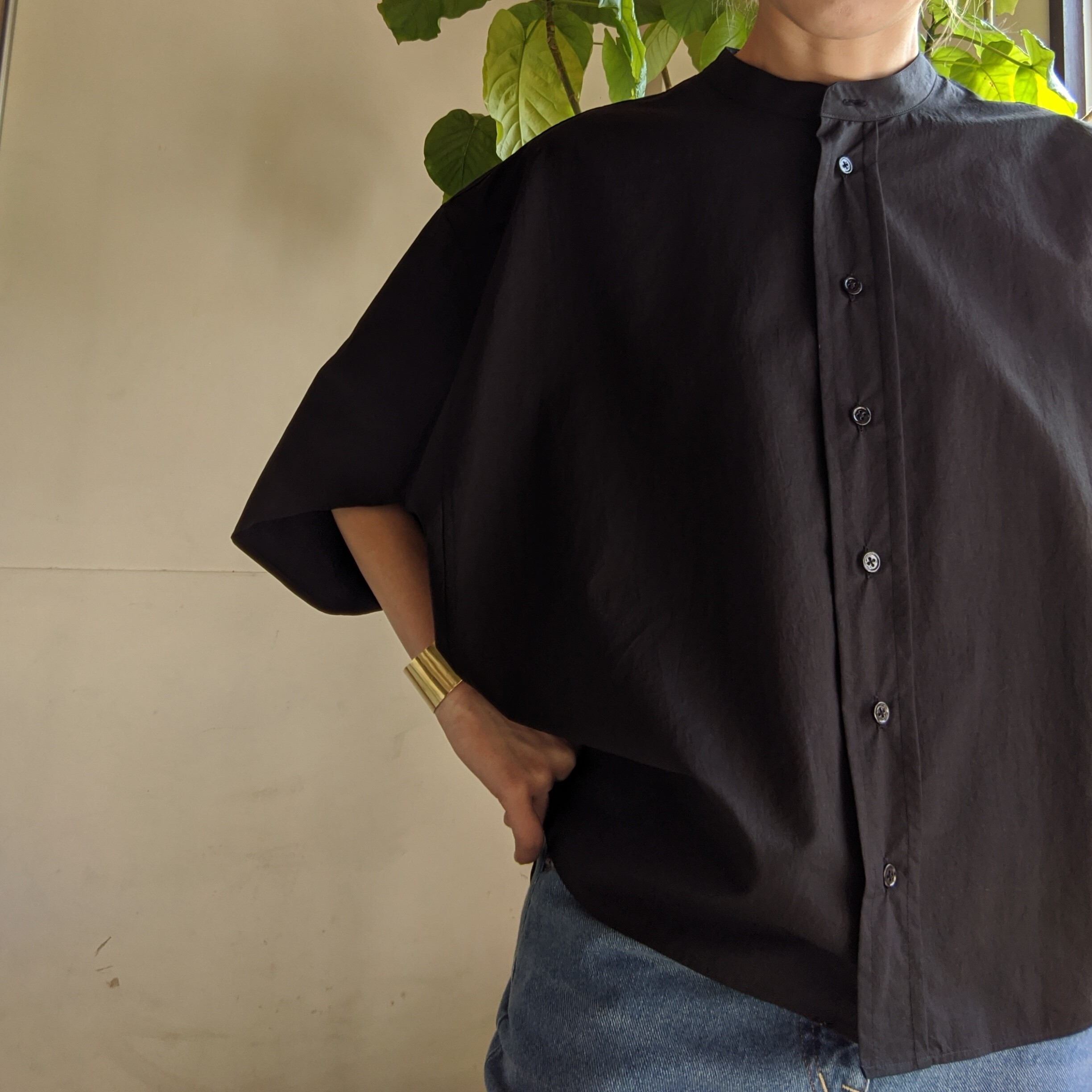 【 OTOÄA 】オトア FOLDED RECTANGLE SHIRT / BLACK