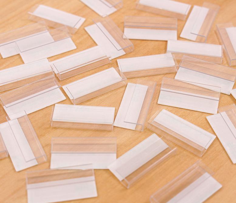 日本製 フック アクセサリー台紙用 透明プラスチック製 23×11×3mm 30個 A001
