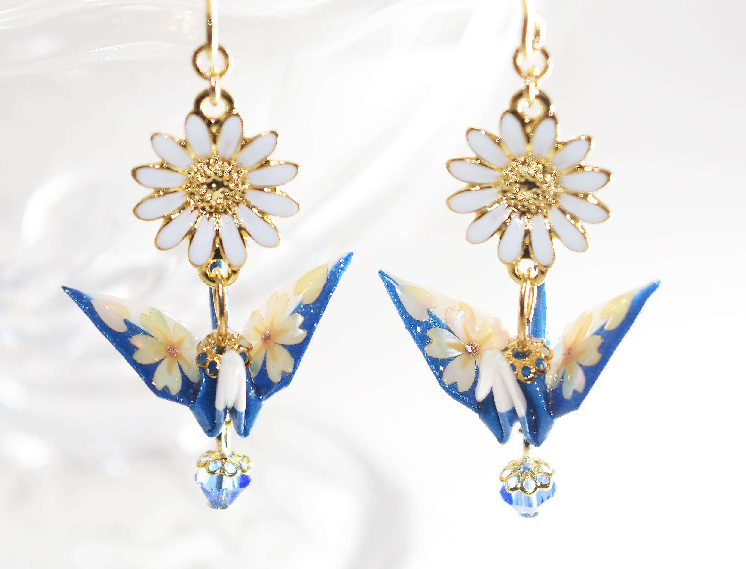 桜螺鈿折り鶴ホワイトxブルーマーガレット