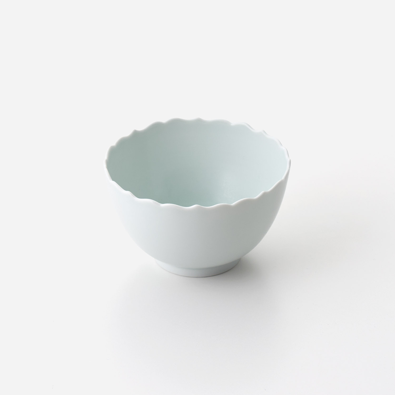 青磁たまり 輪花深小鉢