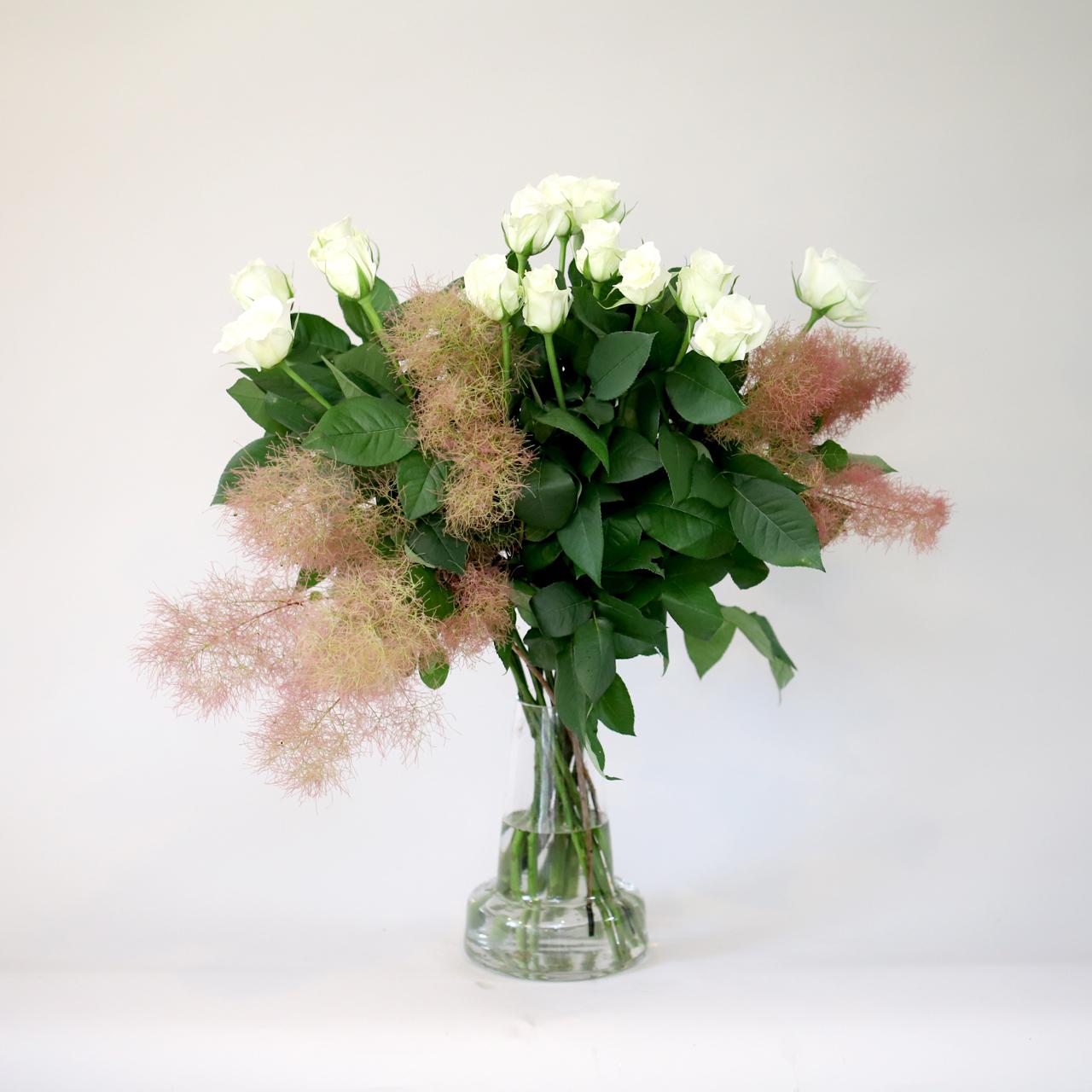ティネケとスモークツリーの花束 - 生産者さん応援企画 -