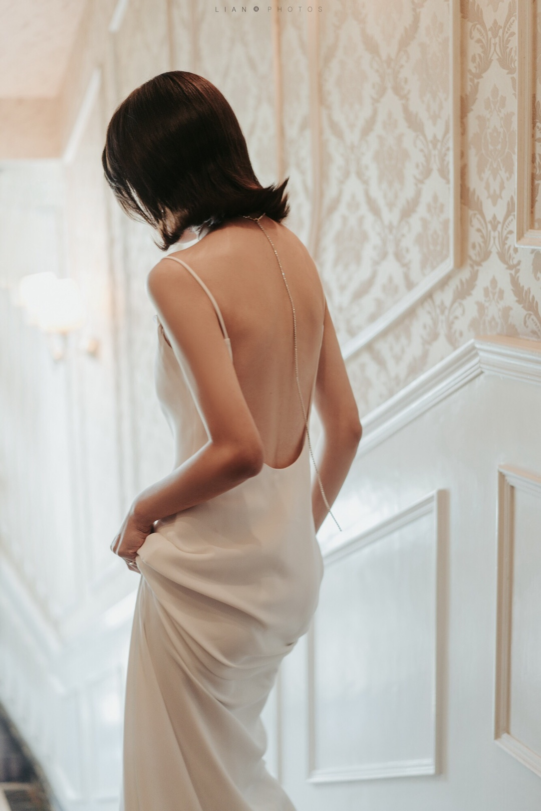 【DearWhite】ウェディングドレス Aライン プリンセス エンパイア デコルテ 結婚式 披露宴 二次会 パーティーウェディングドレス・カラードレス・サイズオーダー格安オーダーメイド DW00013
