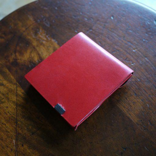 定番カラーにアクセントを。-バイカラー-レッド×ブラック ショートウォレット2.0<ポケットサイズ財布>