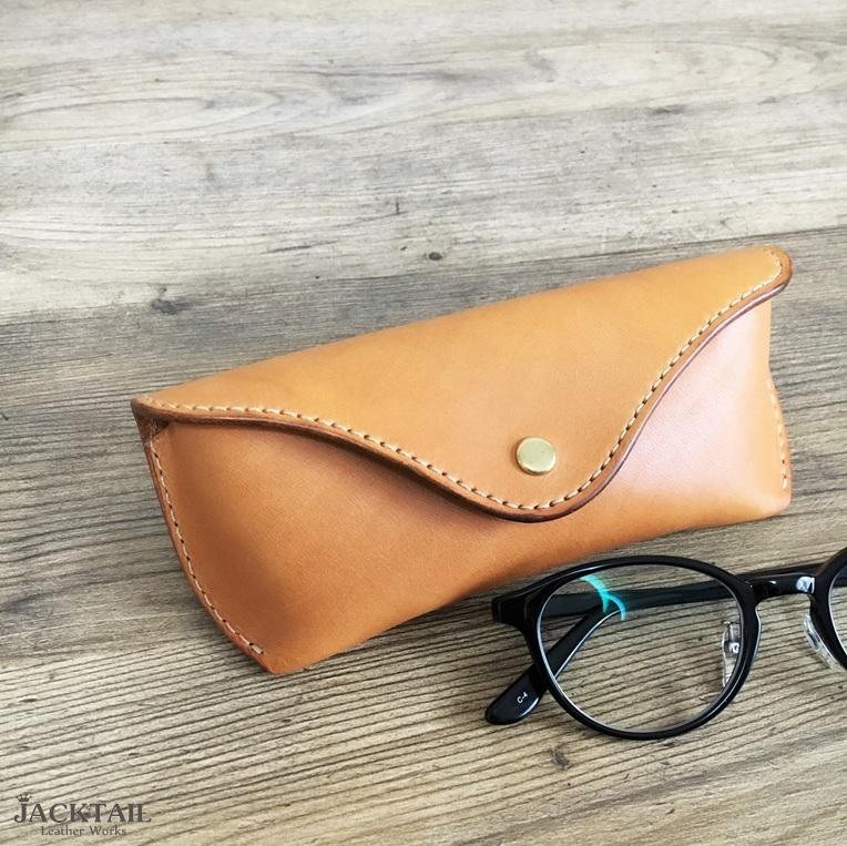 眼鏡ケース Mサイズ/オイルレザー 牛革(キャメル)
