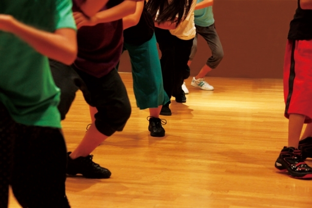 ダンススタジオ_ダンスインストラクター業務委託基本契約書+個別契約書
