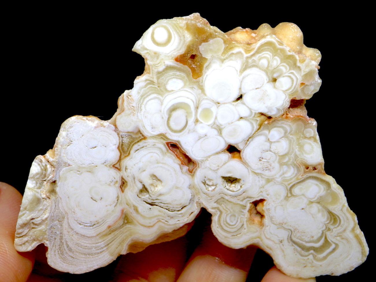 レア!ケーヴオニキス カリフォルニア産 69,5g CV011 鉱物 天然石 原石 パワーストーン