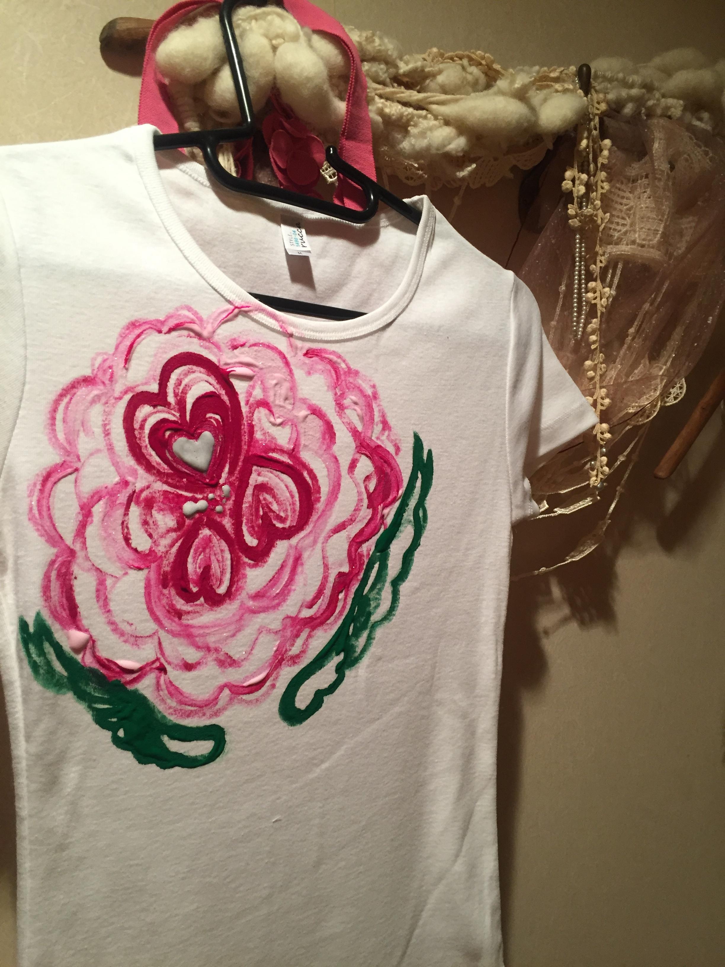 花シリーズ ROSE  白地 手描きTシャツ