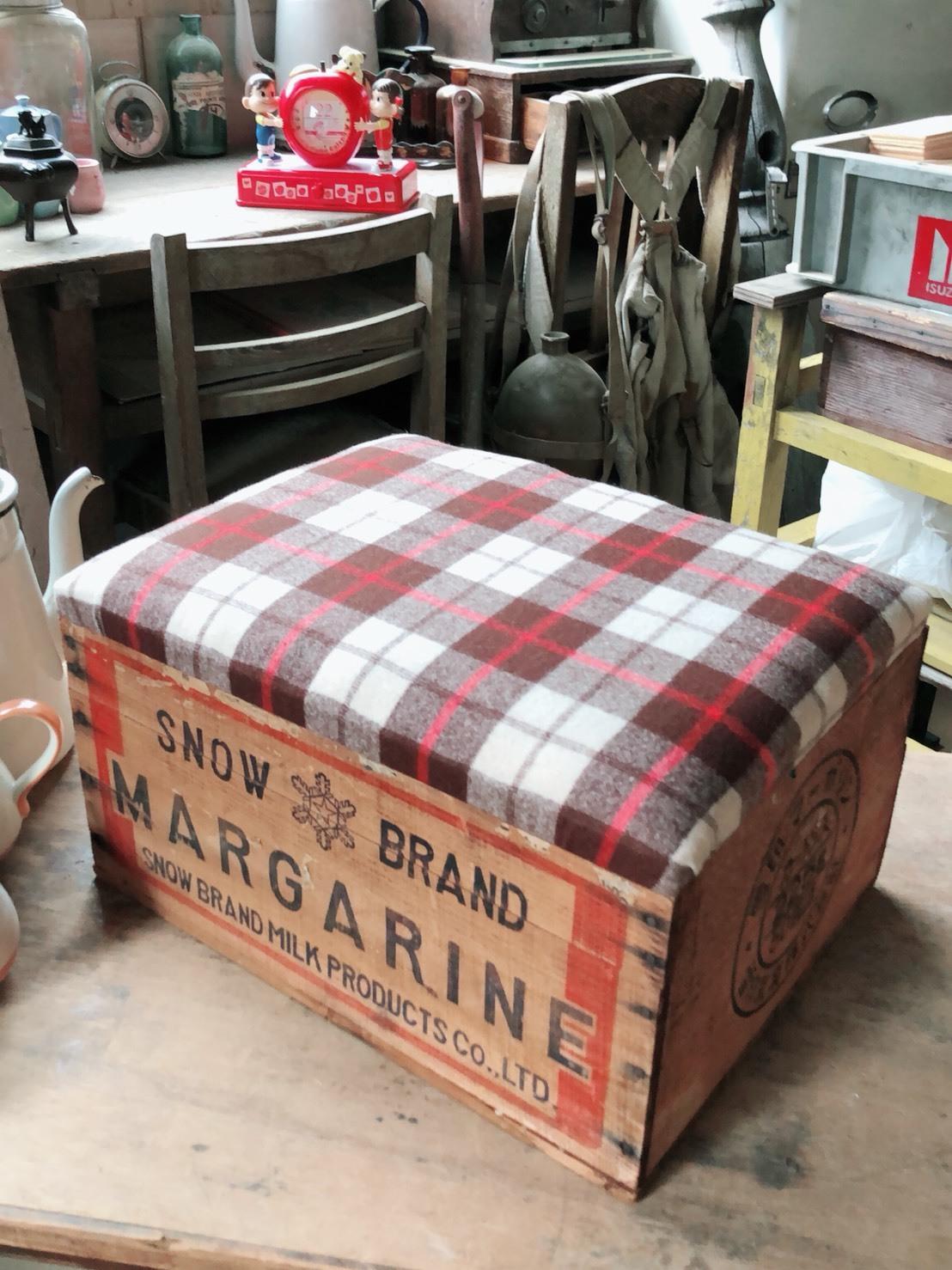 雪印  木箱椅子