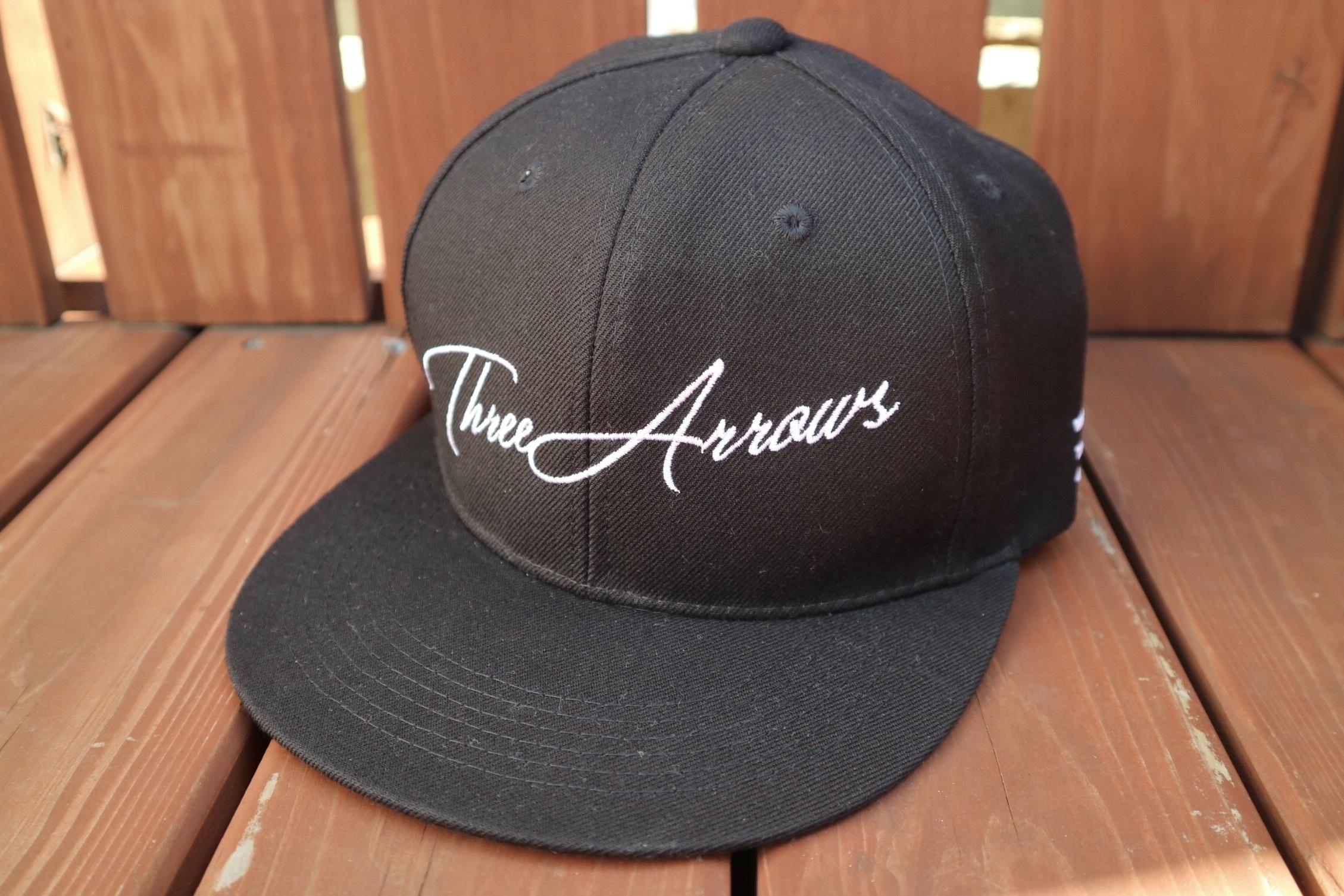 ThreeArrows スナップバックCAP(black)