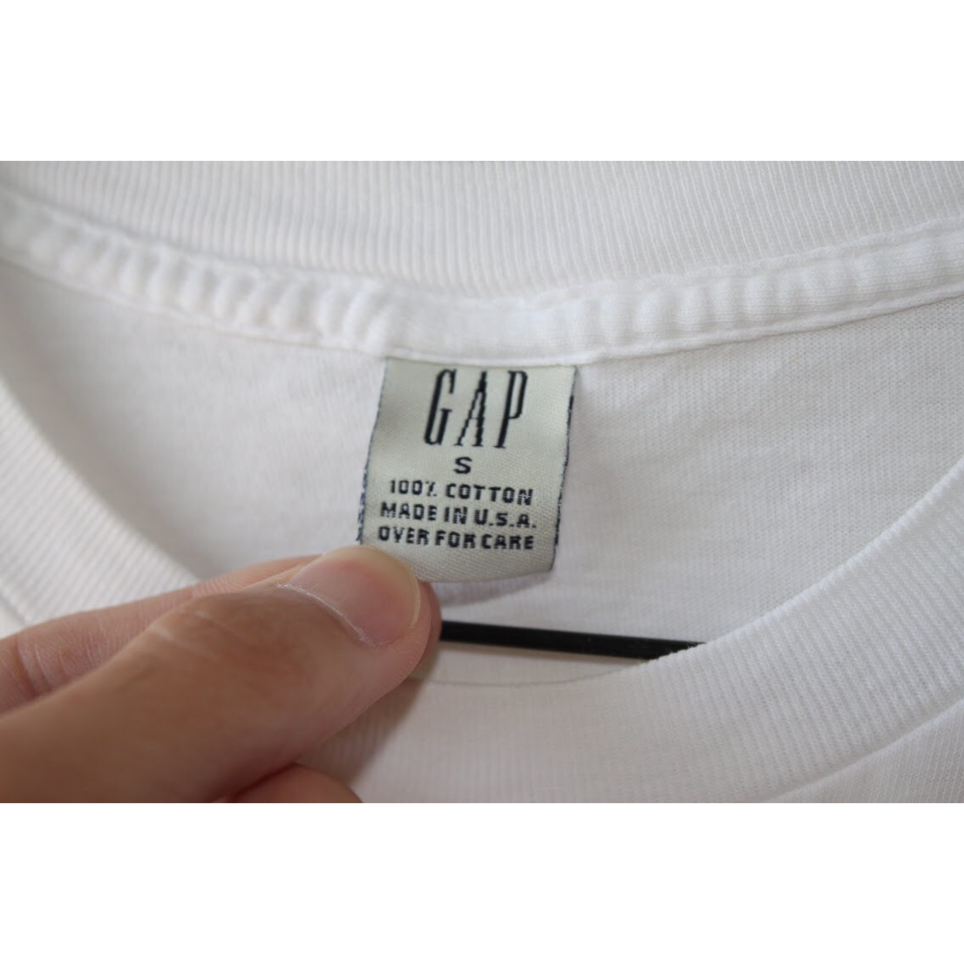 90s white pocket t shirt by GAP