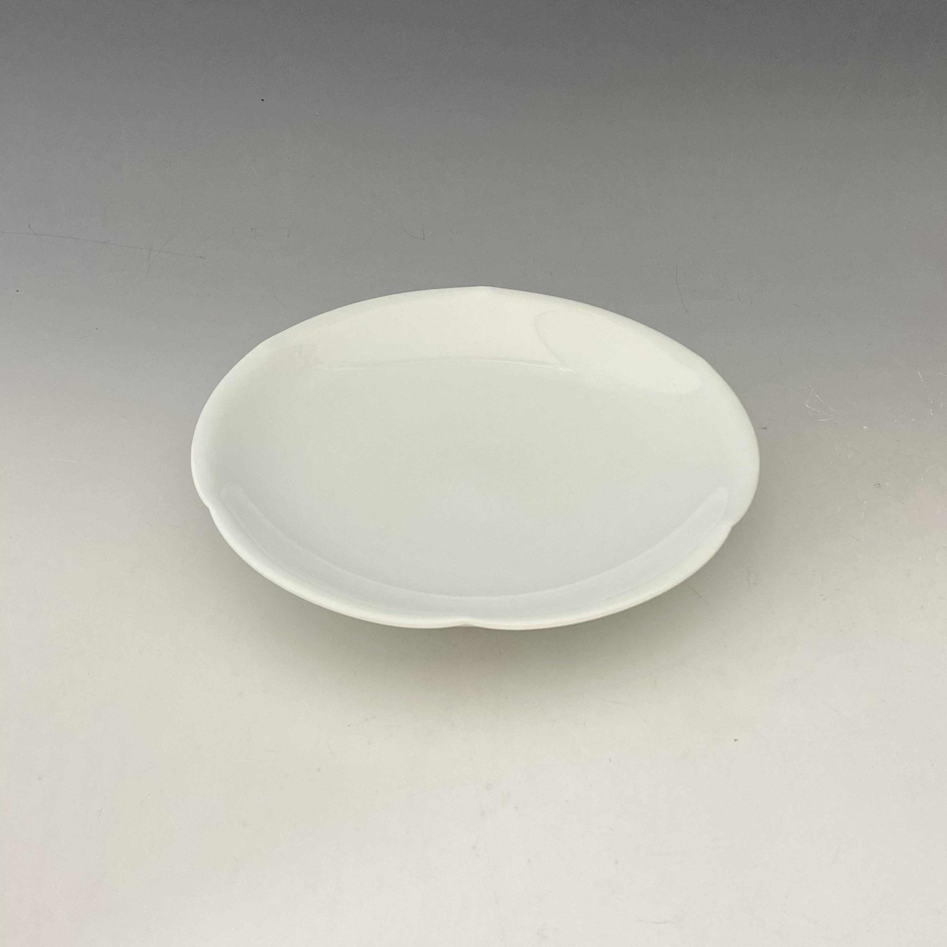 【中尾恭純】白磁六方押皿