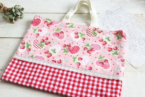 レッスンバッグ*いちごピンク・赤チェック/A*K 型番: A3