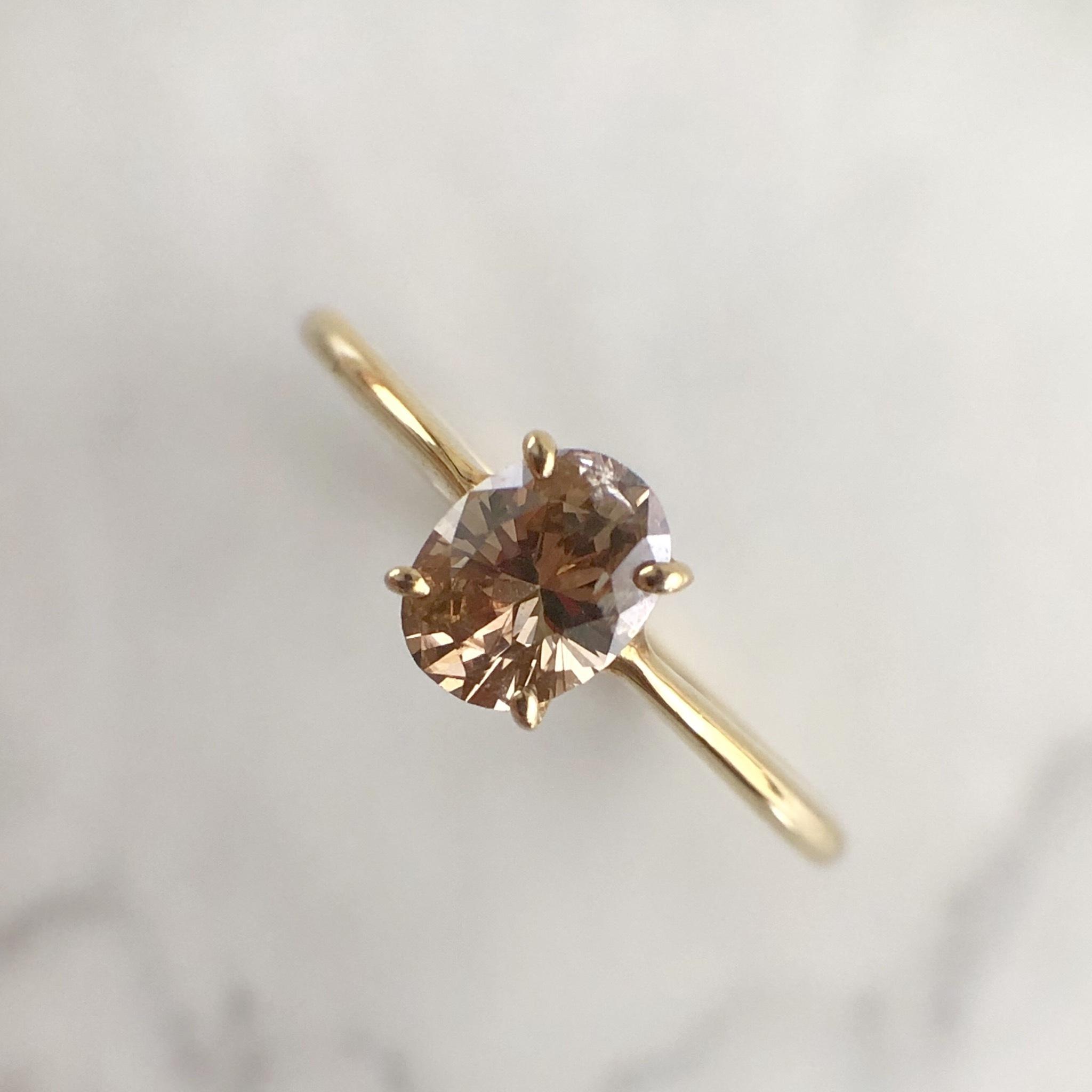 ブラウン オーバルカット ダイヤモンド リング 0.30ct K18イエローゴールド チェカ 鑑別書付