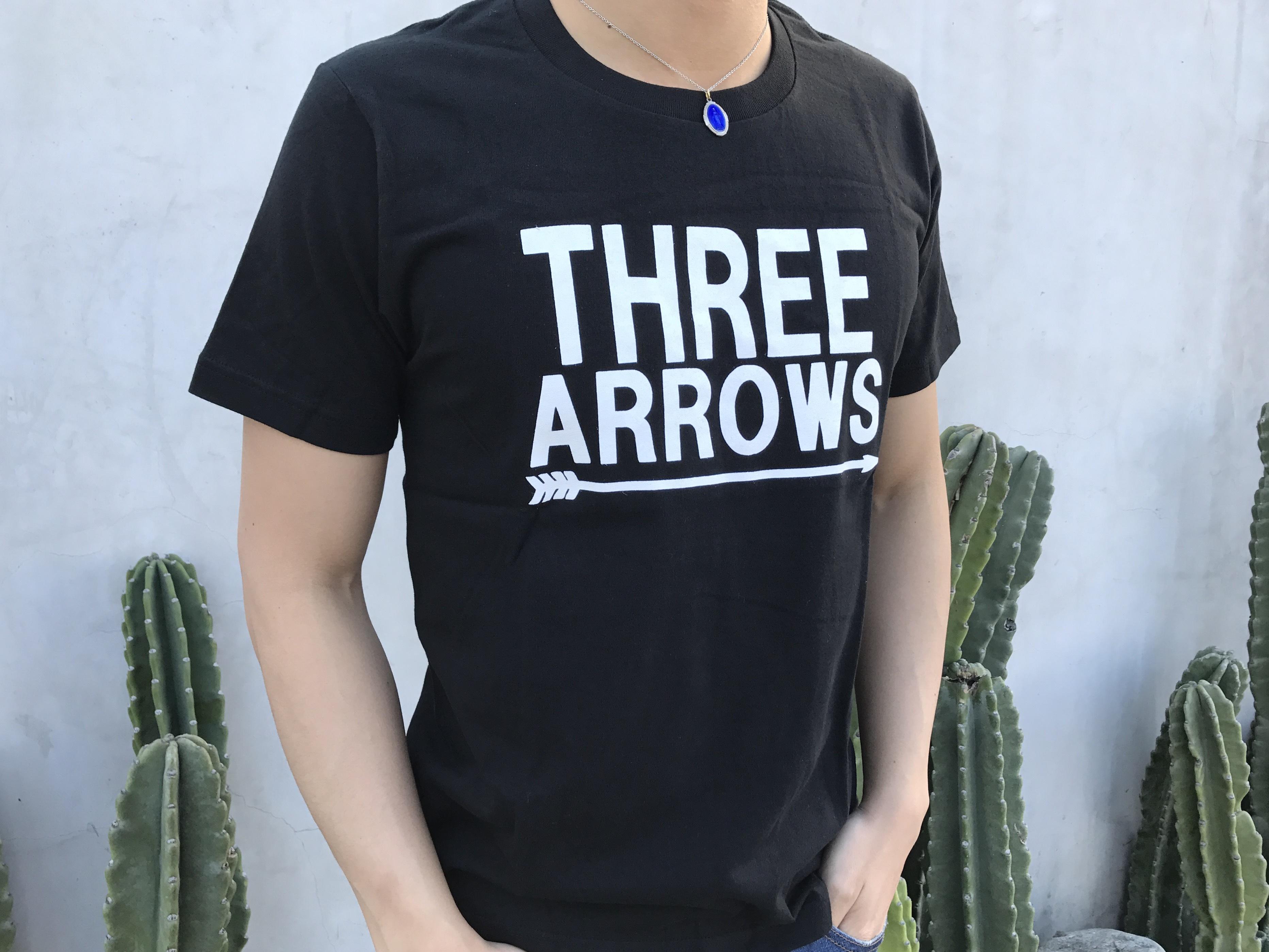 BIG THREE ARROWS Tシャツ(black)
