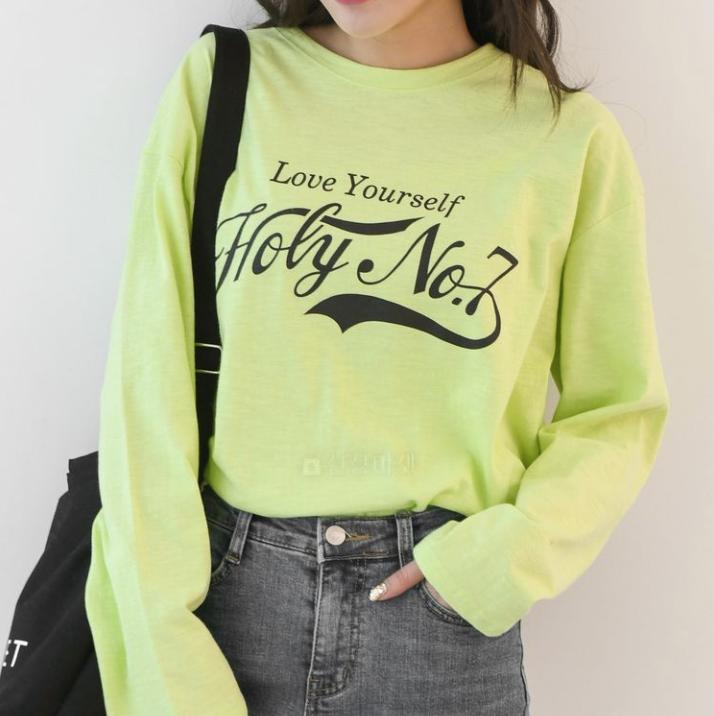 【送料無料】コーデのポイントに ♡ カジュアル 蛍光 プリント ロゴ Tシャツ 長袖 ロンT トップス