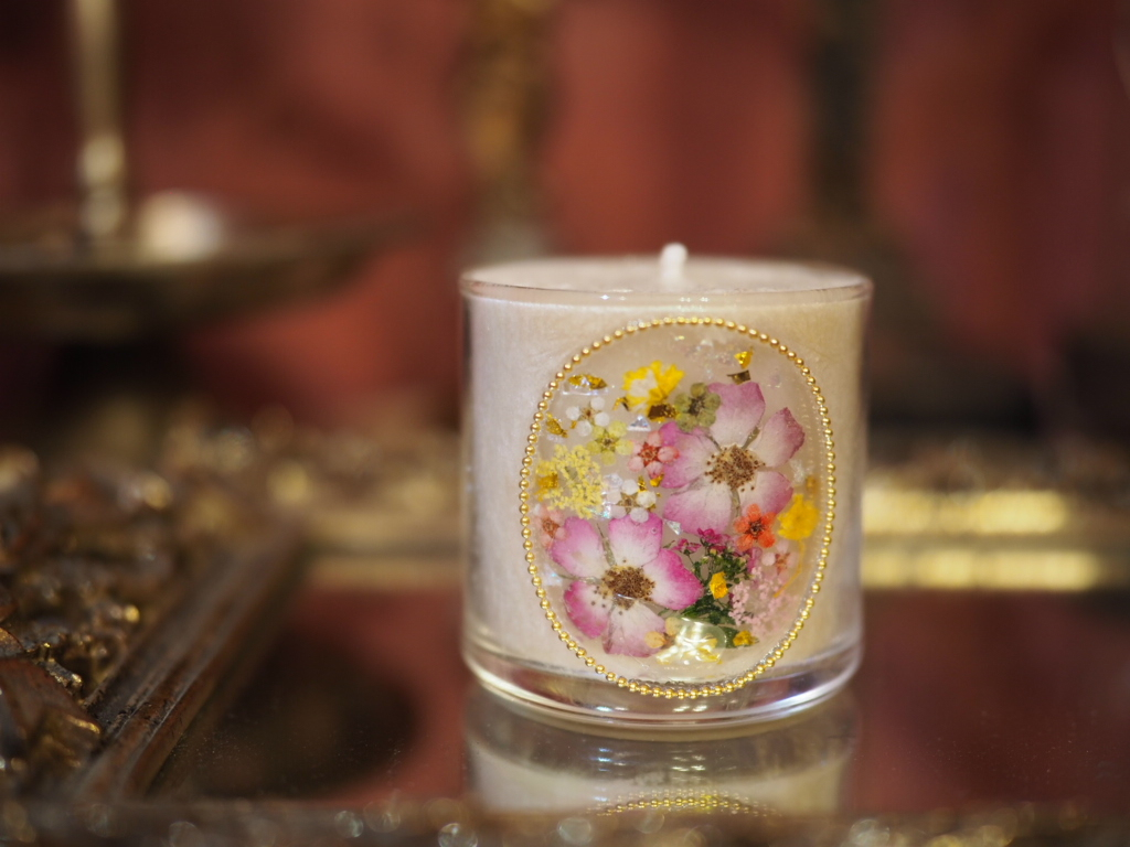 Pressed Flowers Candle  5