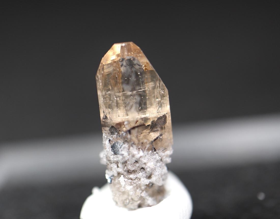 自主採掘!ユタ州産 トパーズ 0,5g 原石 標本 TZ053 鉱物 パワーストーン 天然石