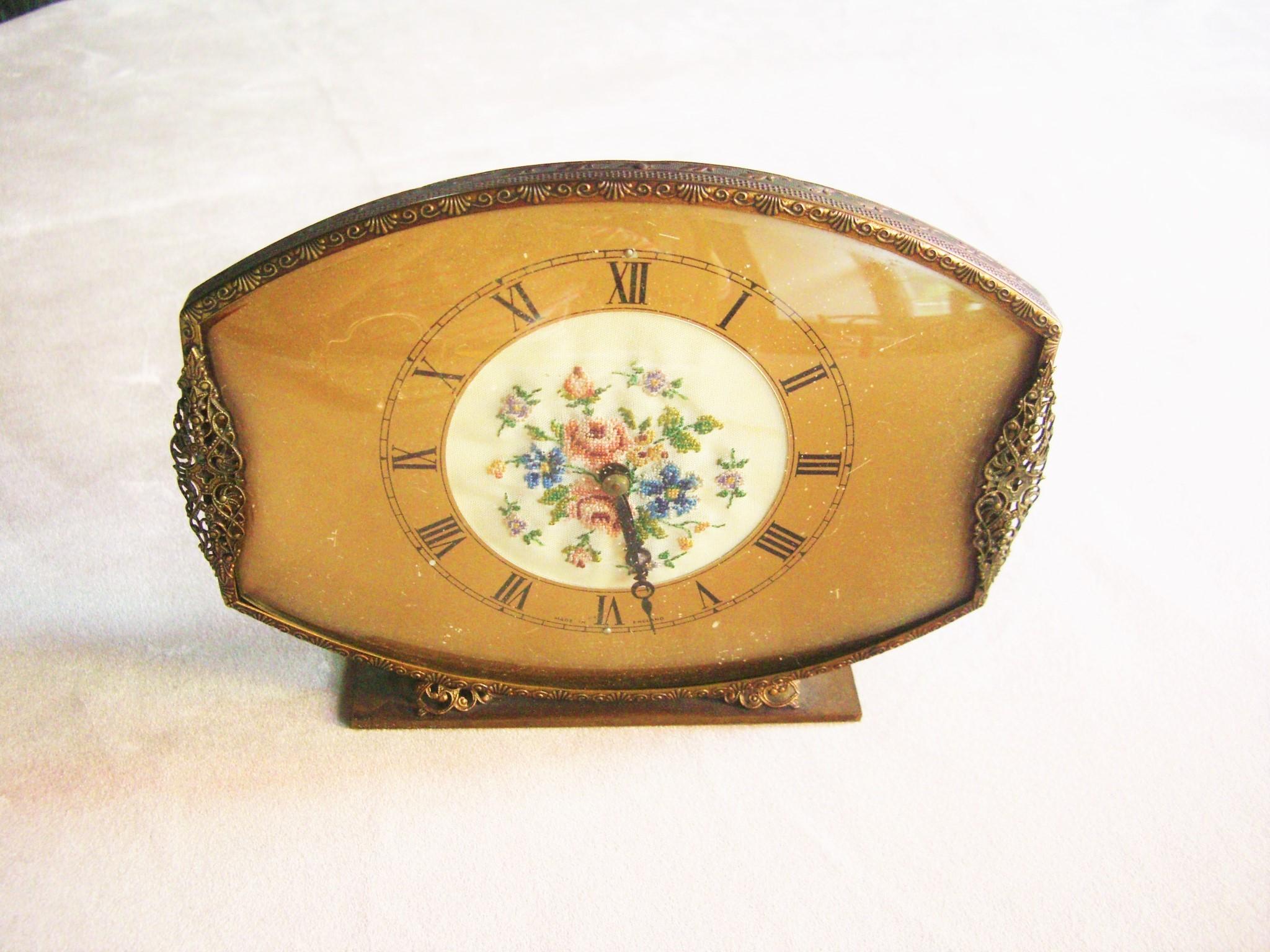 004-84 プチポアン時計