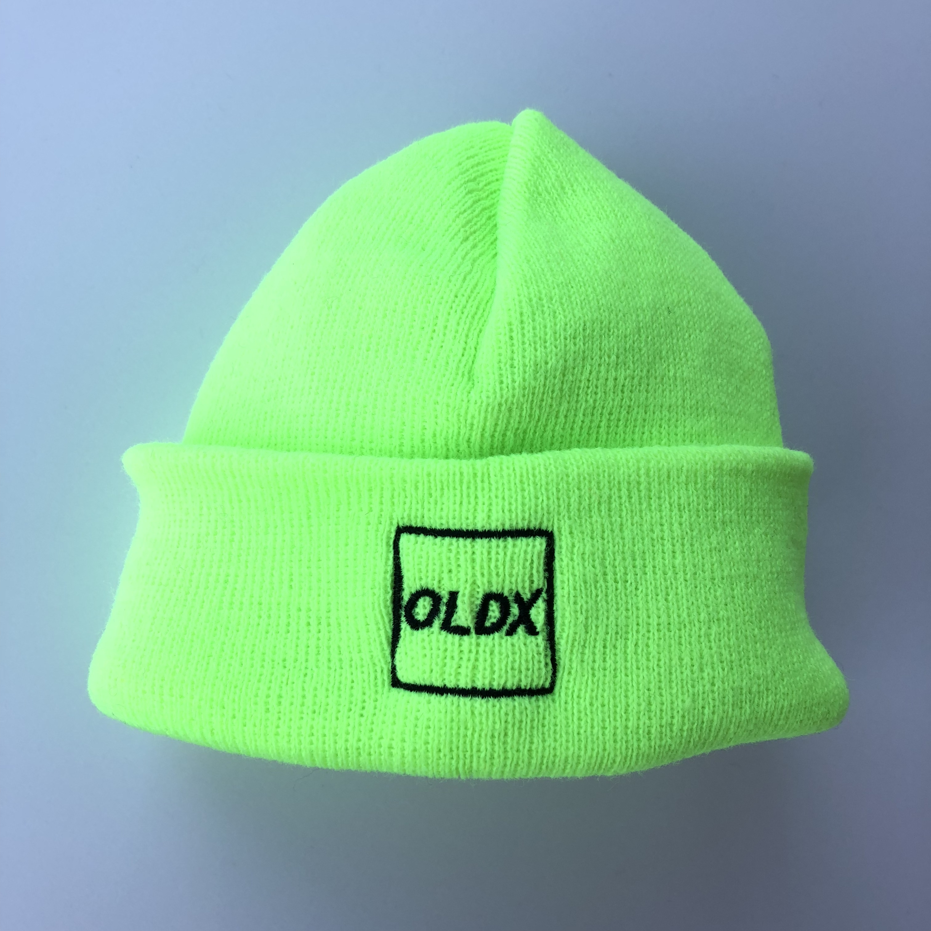 Shallow beanie square logo NEON YELLOW