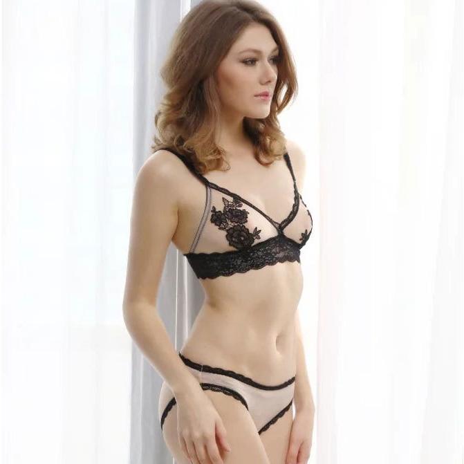 【下着セット】セクシー無地ワイヤーなし刺繍ブラ&ショーツセット33366165