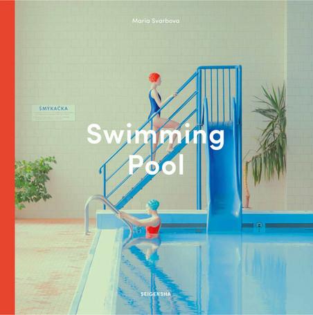 「swimming pool」