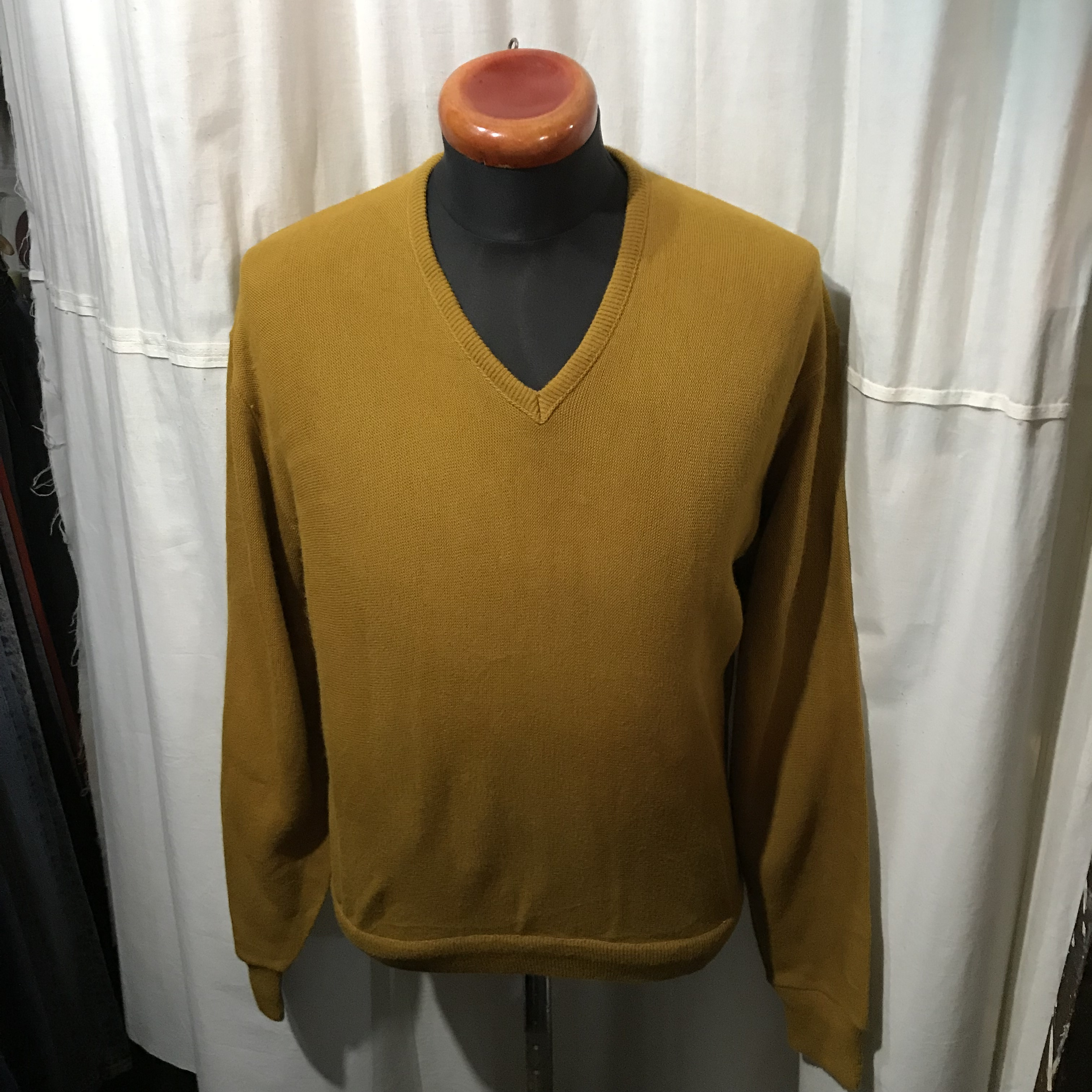 REVERE アクリルVネックセーター メンズL