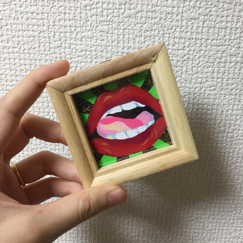 Lips/唇 / 50mm×50mm / Acrylic painting / Original Drawing