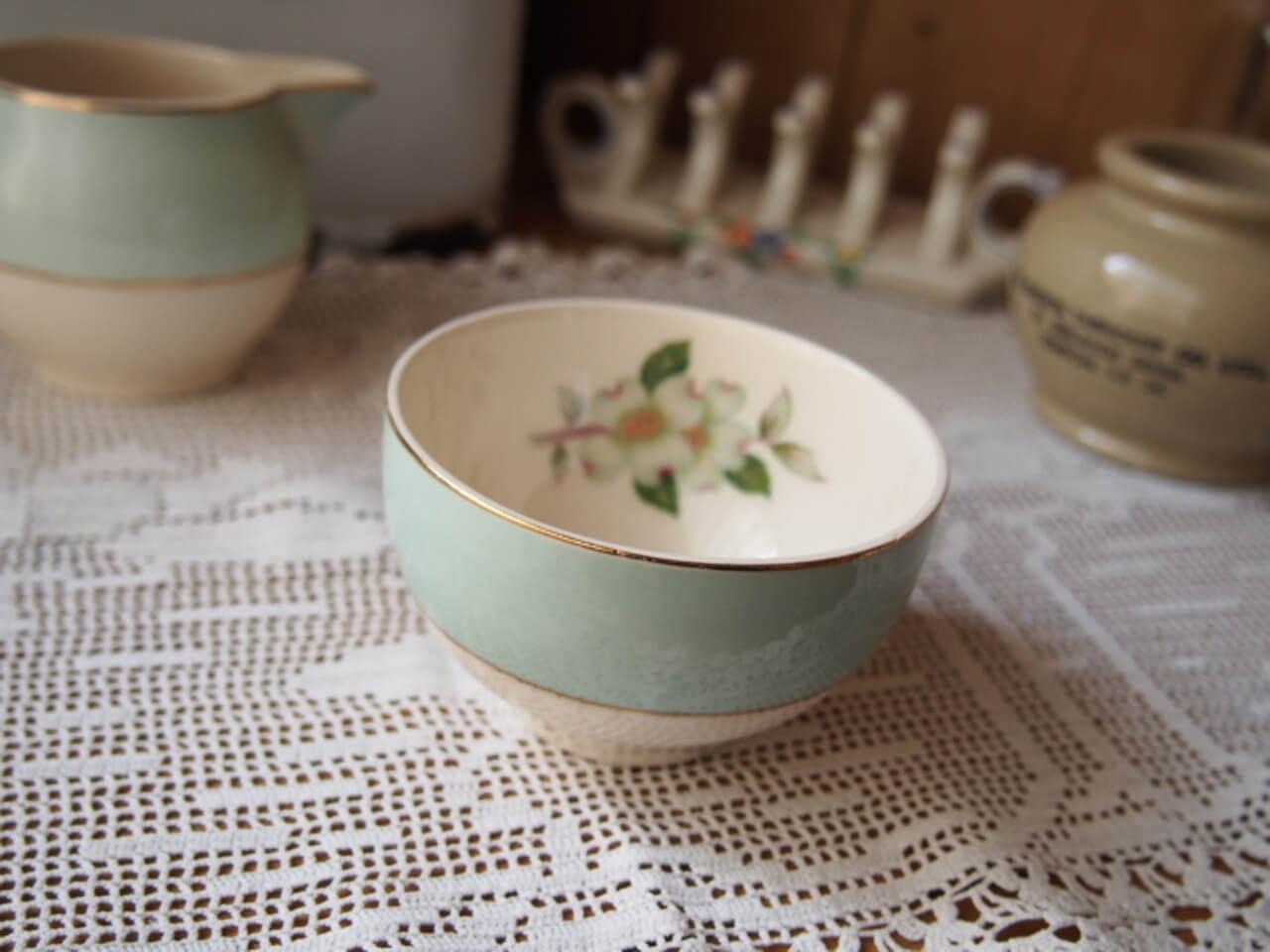 イギリスアンティーク 陶器製ミニボウル