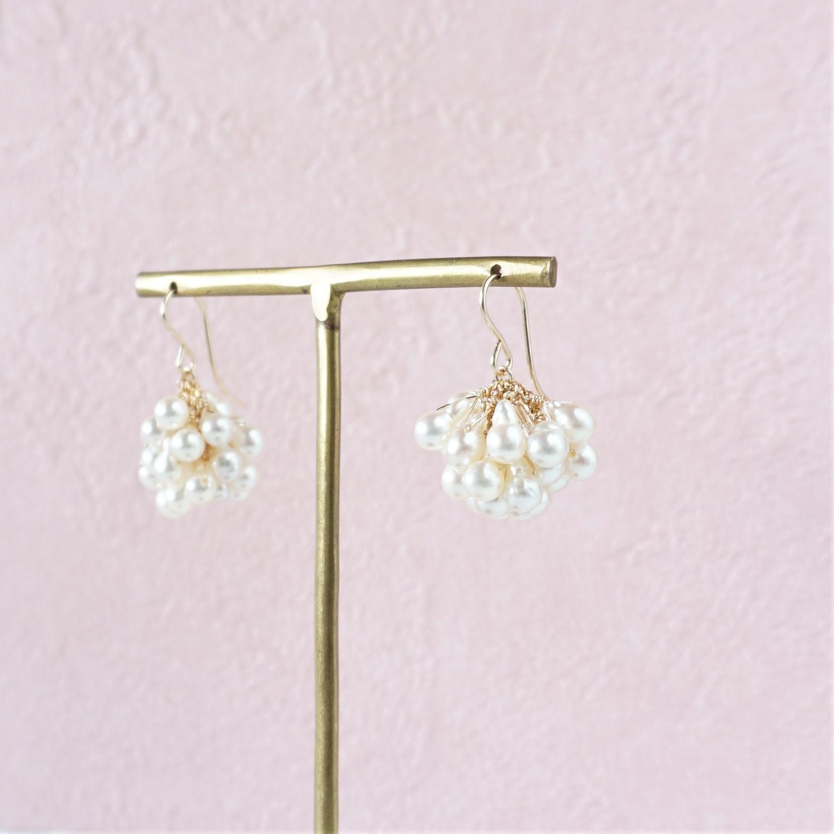 送料無料14kgf*Akoya volume pearls pierced earring / earring