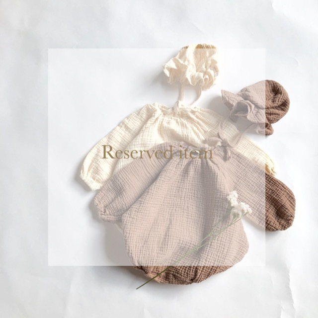 《 Reserved item 》waffle pia rompers
