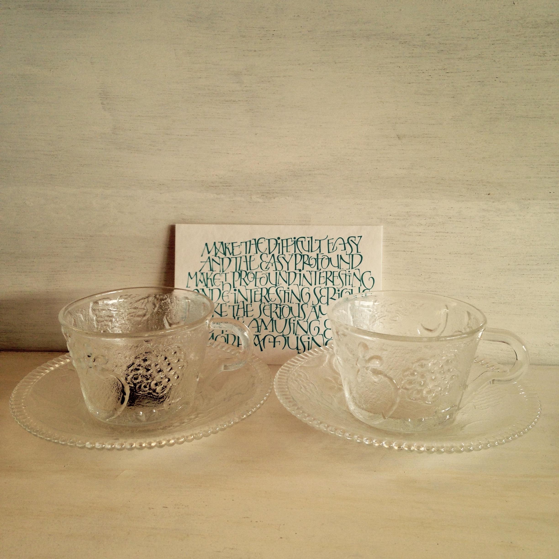 鳥花蝶のカップ&ソーサー 昭和レトロ(TOYO製)