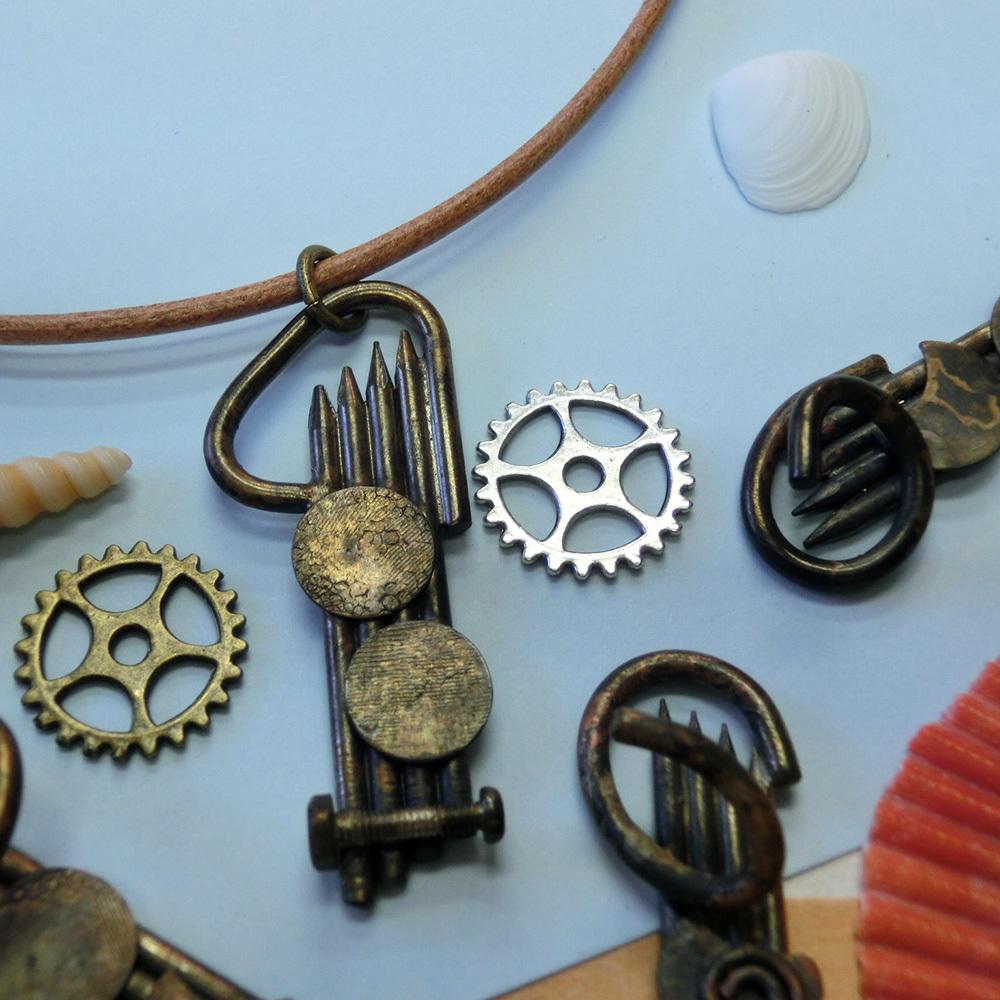 【イカ】c    真鍮 ペンダントトップ ※革紐やチェーンは付属しません。 #1340イ