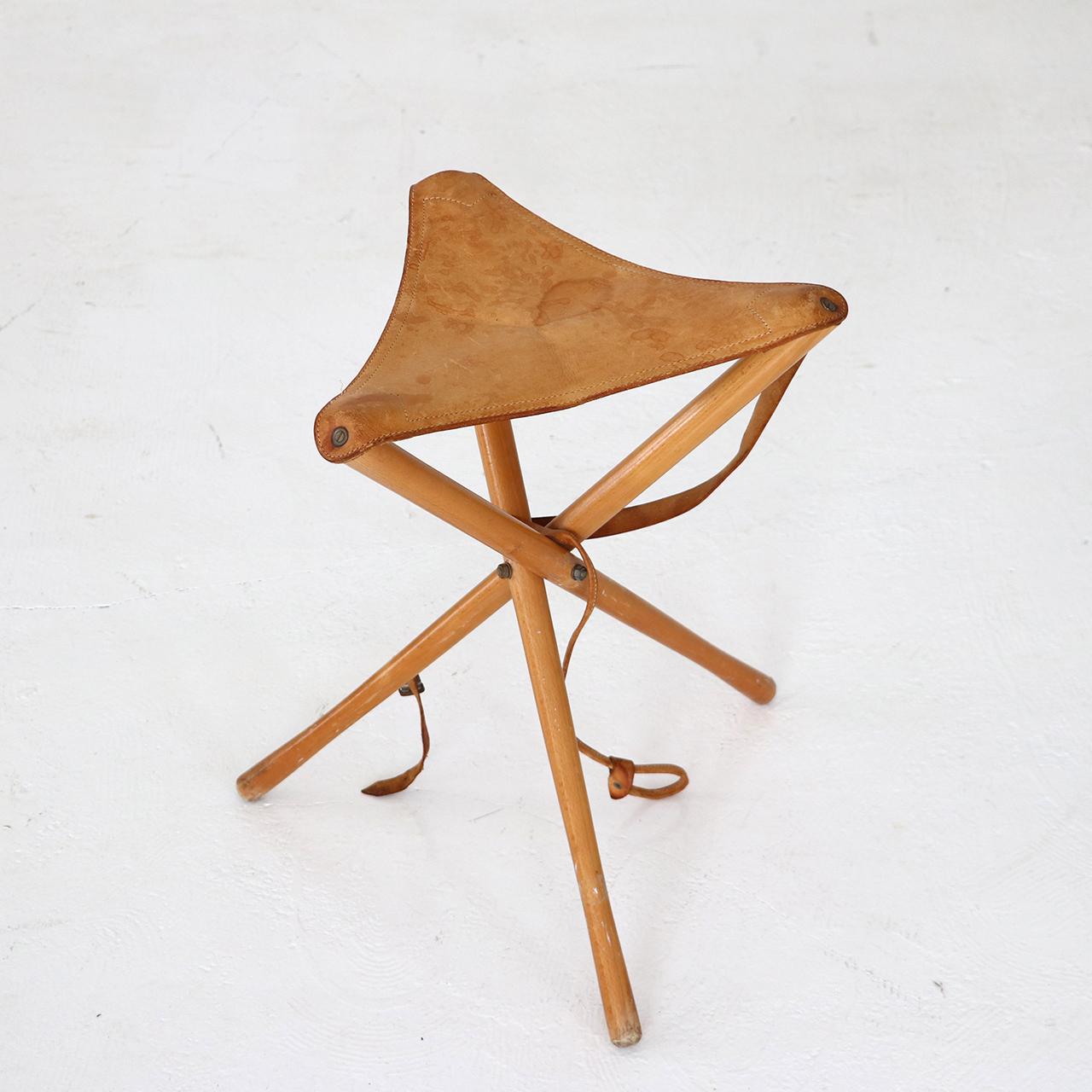 Hunting stool