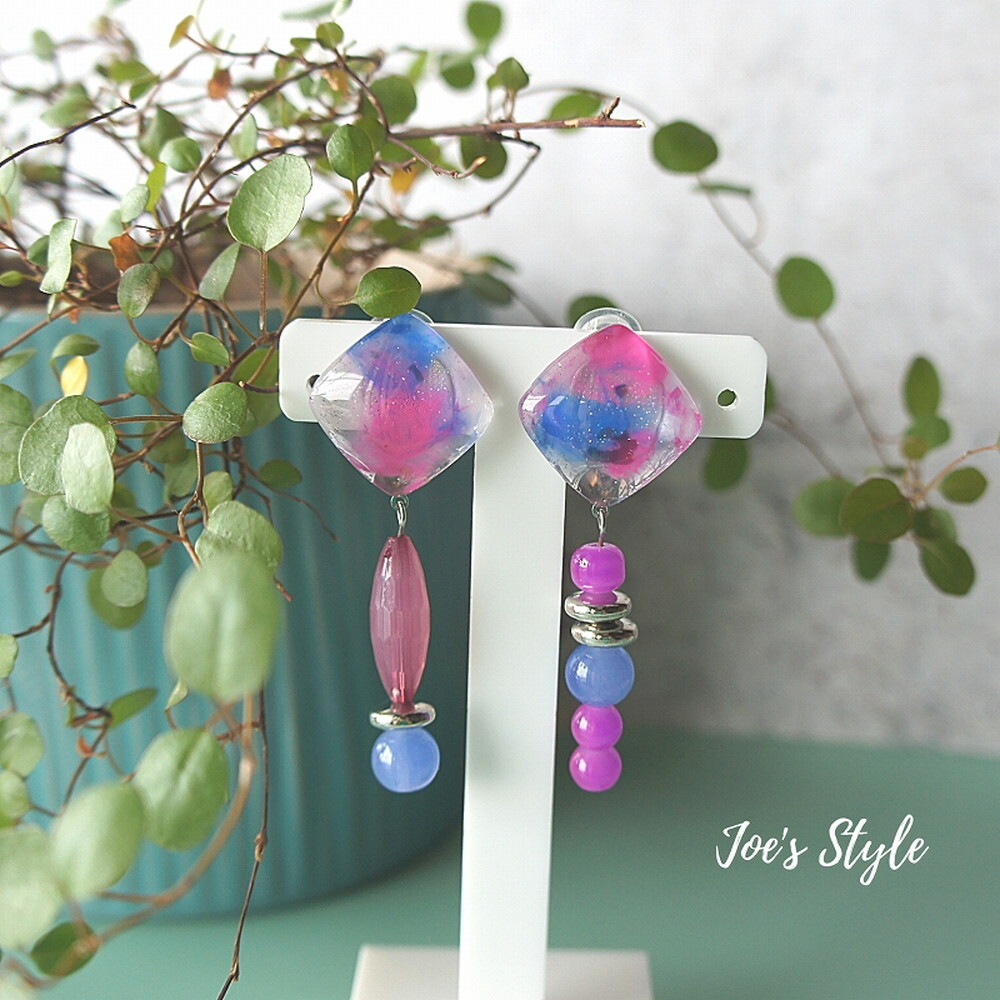 """"""" Earrings NO.0-1718″ ピンクマーブルペイントのアシンメトリー"""