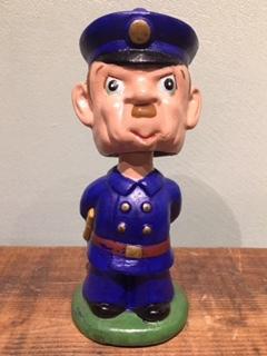 POLICEMAN BOBBLE HEAD 1960's
