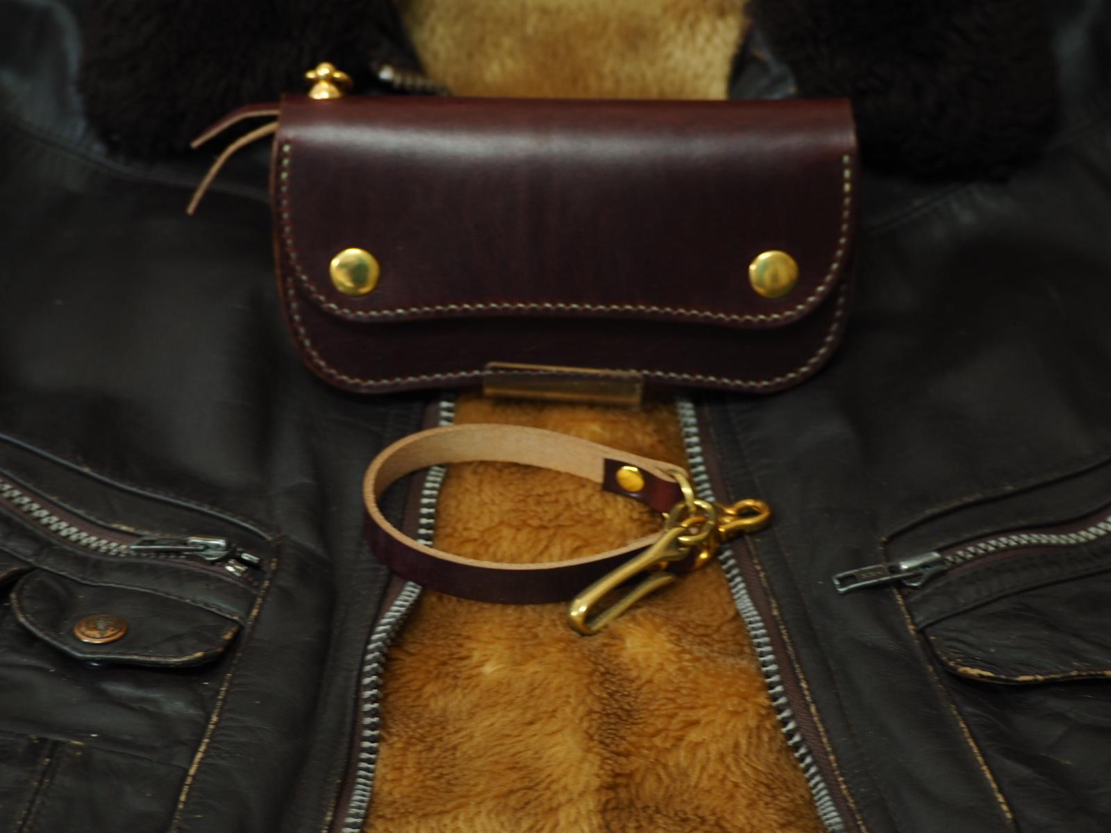 ワークブーツに採用される実績あるアメリカのタフな革 クロムエクセルレザー×国産サドルのトラッカーウォレット type2  カラー/バーガンディ― ≪長財布≫