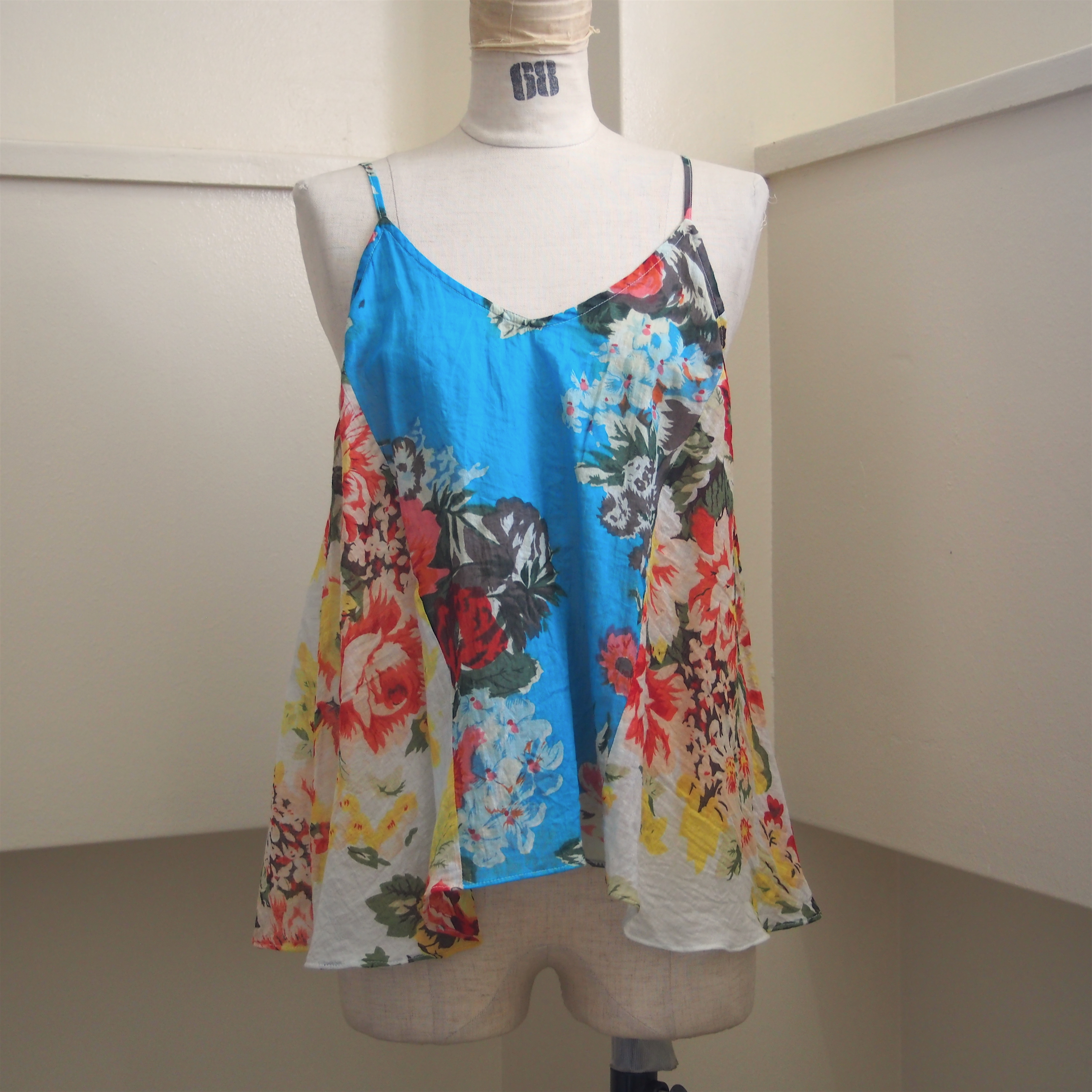 【ethical hippi】flower print camisole(D) / 【エシカル ヒッピ】フラワー プリント キャミソール(D)