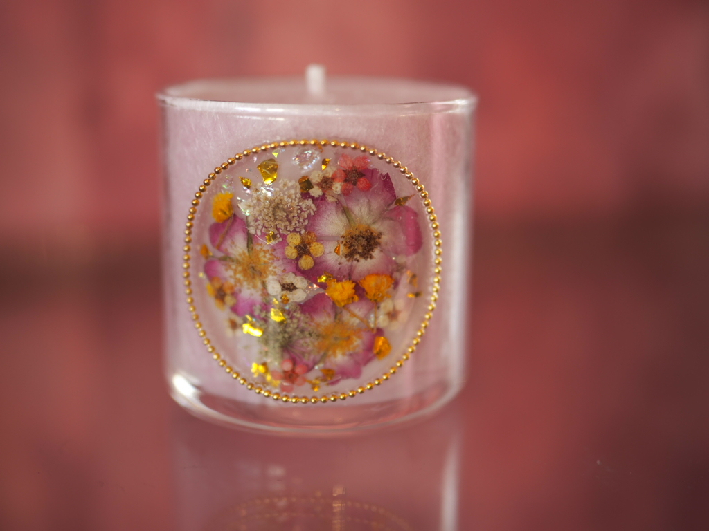 pressed  flowers  candle  1