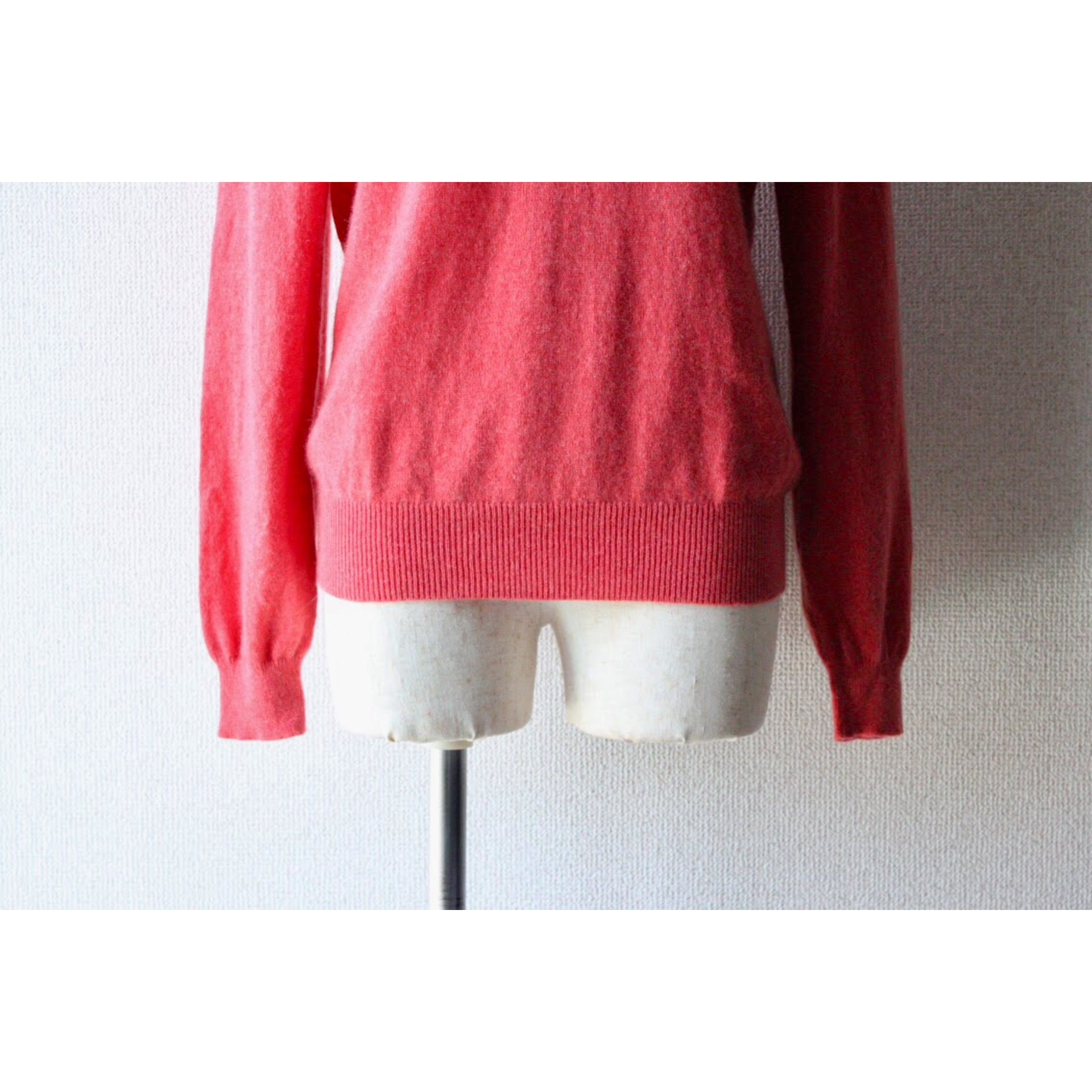 Vintage hi neck cashmere sweater