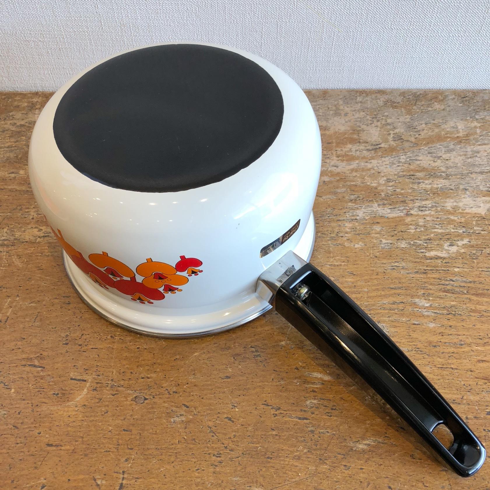 花柄ホーロー片手鍋