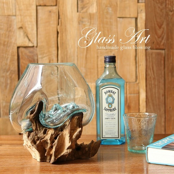 吹きガラスと木のオブジェ水槽 M
