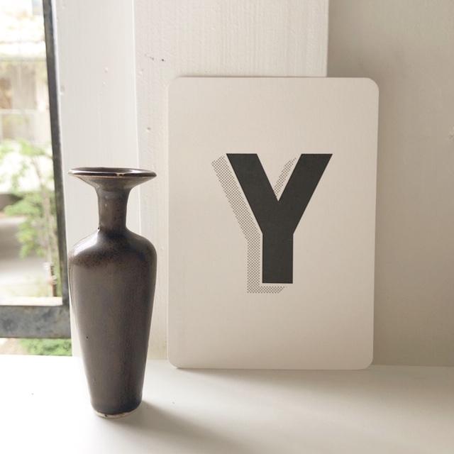 Tiny Vase H10.5cmの小さな花器(陶器)
